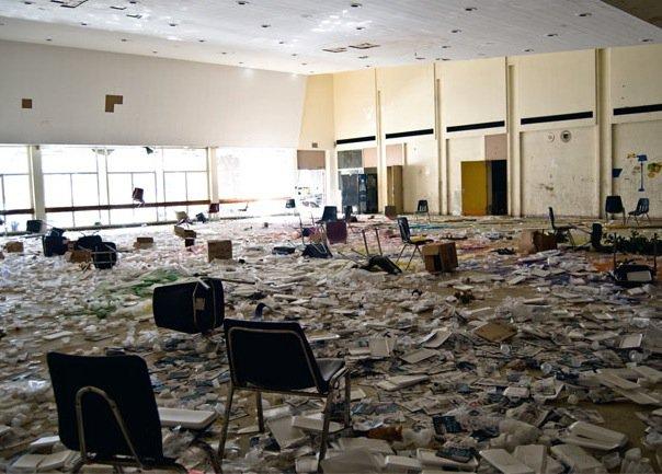 abandoned Detroit classroom